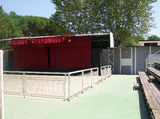 Adriano Camping Village: il teatro serale per gli spettacoli