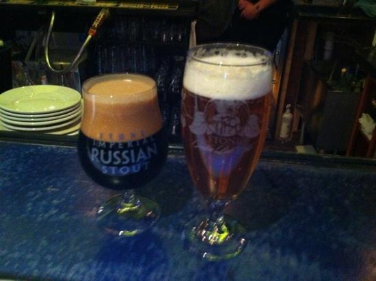 Piecasso Pizzeria & Lounge : Stone Brewery.... mmmmmm.  gooood