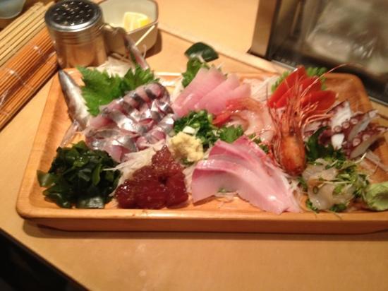 Fuji Sushi Restaurant: OMAKASE SASHIMI