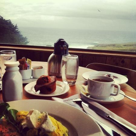Sea Ranch Lodge: breakfast