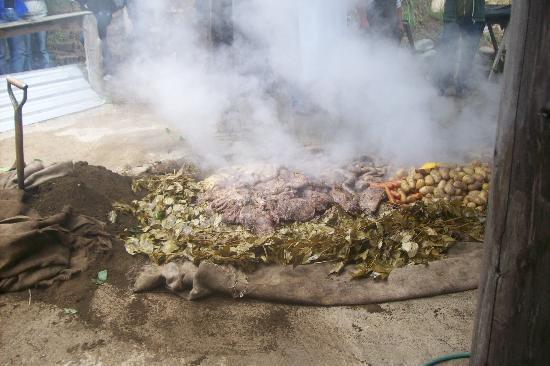 Curanto Victor Goye: y más comida...!!!!
