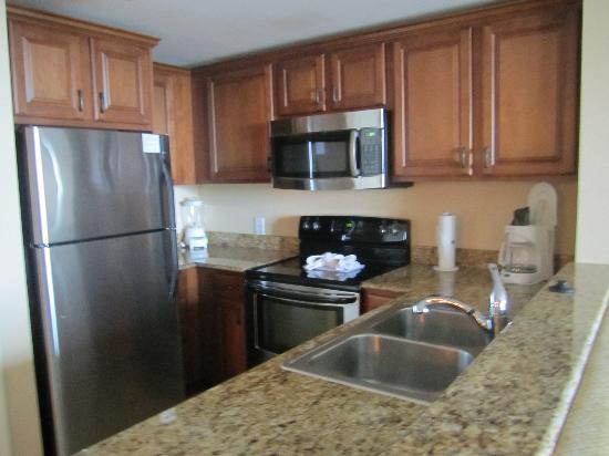 Westgate Myrtle Beach Oceanfront Resort: full kitchen!