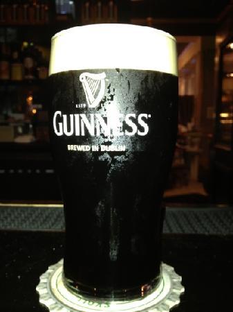 Kieran's Irish Pub: great pour