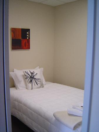 Comfort Inn & Suites Kudos: Queen Single Bedroom