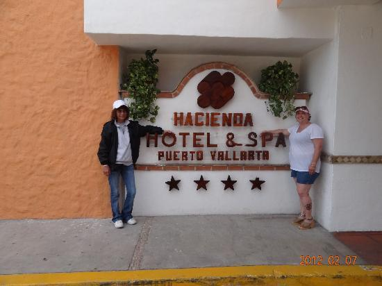 Hacienda Buenaventura Hotel & Mexican Charm All Inclusive: Front of Hotel!