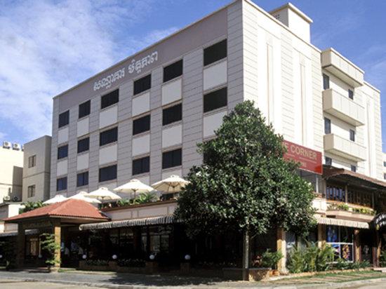 Mito Hotel: Day View