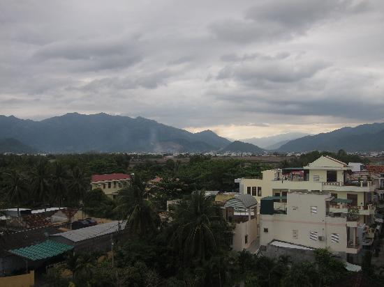 Ha Van Hotel: view from breakfast