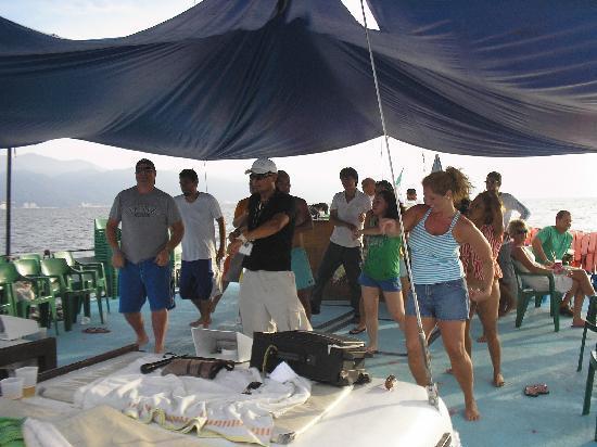 Hacienda Buenaventura Hotel & Mexican Charm All Inclusive: our booze cruise family on the Bora Bora