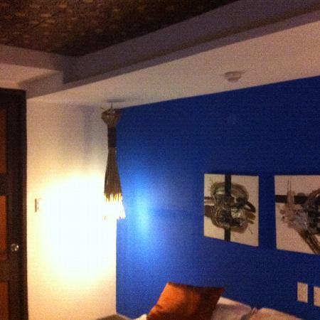 One Azul: Room