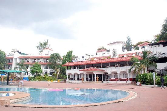 Khanvel resort silvassa resort reviews photos rate - Hotels in silvassa with swimming pool ...