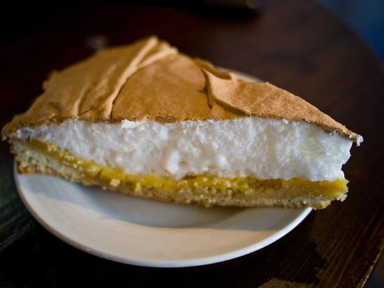 Greenwoods: Lime meringue cake