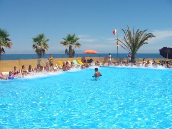 Hotel club la playa pensione patti sicilia prezzi 2017 e recensioni - Hotel con piscina catania ...