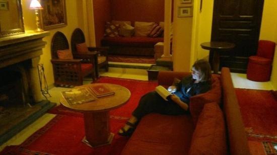 Dar Naima: Livingroom