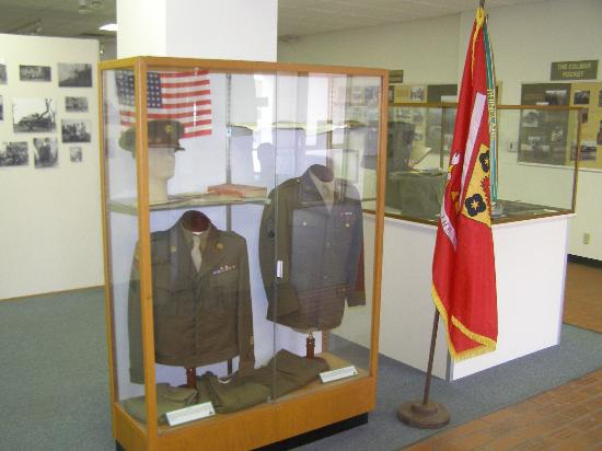 12th Armored Museum: Uniforms on display