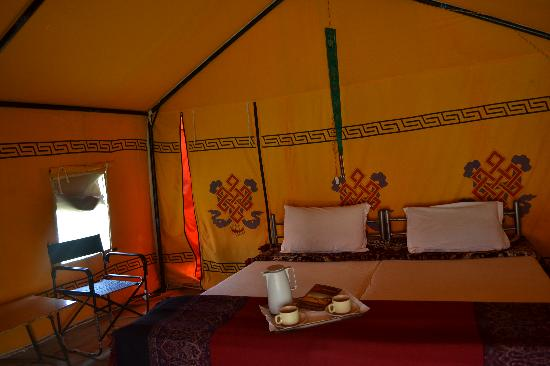 Goldrop Camps Sarchu and Sissu: sarchu camp godrop