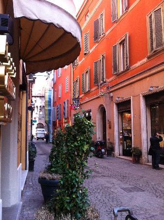 street of the hotel - Picture of Al Cappello Rosso dbf485be67e9