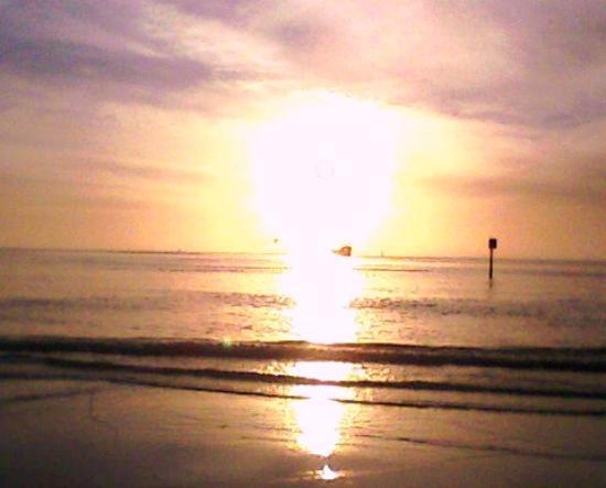 Beachwalk Inn: Clearwater Beach Sun Set - Awesome!