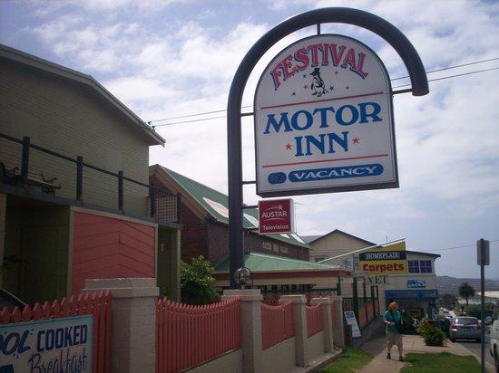 Top Of The Town Motel: Festival Motor Inn