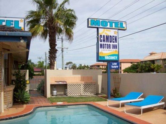 คัมเด้น มอเตอร์ อินน์: Camden Motor Inn