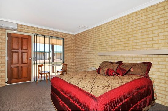 Drakesbrook Hotel Motel