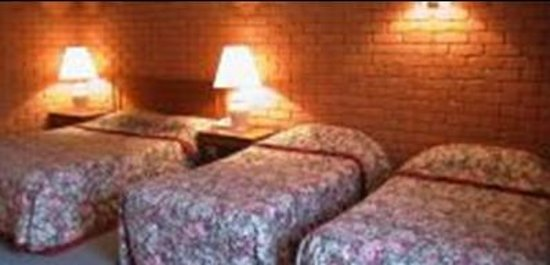 Comfort Inn Main Lead