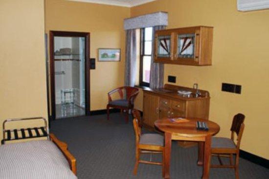 Hotel Nicholas