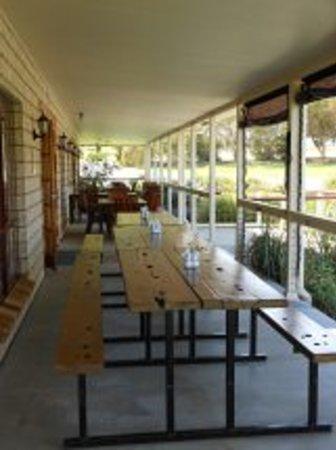 Ballandean Tavern Motel