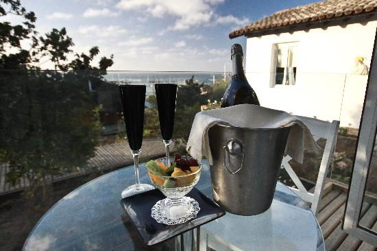 Winery Boutique Hotel: terraza
