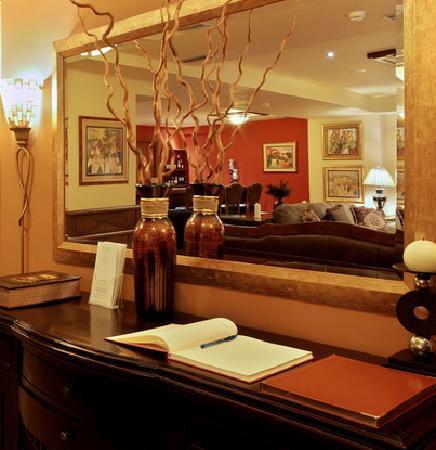 Selestina Boutique Hotel : Entrance
