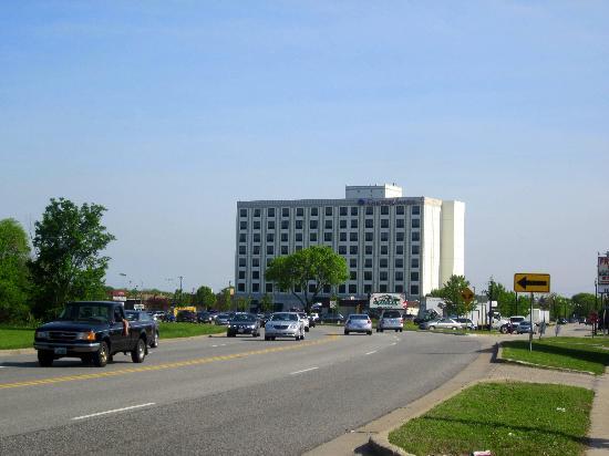 Comfort Suites O'Hare: Das Hotel von außen