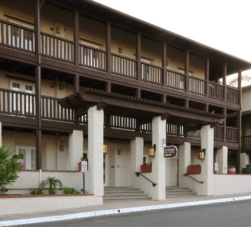 relaxing courtyard picture of fairfield inn suites by marriott rh tripadvisor com au