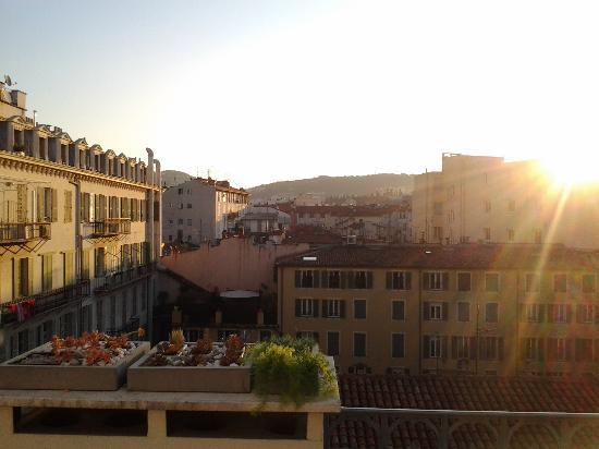 Le Dortoir: Sunrise from balcony