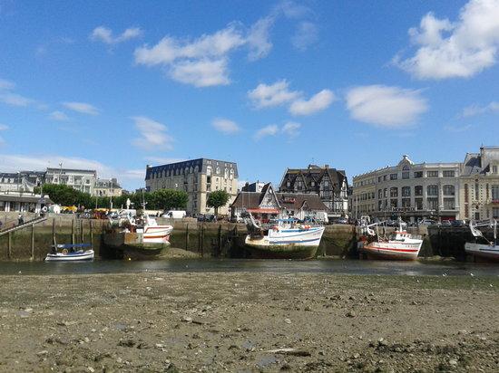 Le Bac de Trouville Deauville