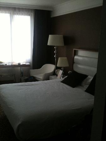 Richmond Hotel Istanbul: our double room on 3rd floor
