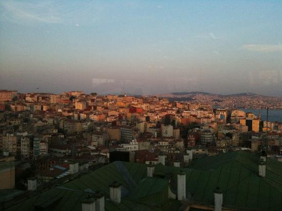 Richmond Hotel Istanbul: another view of sun setting from bar on 6th floor