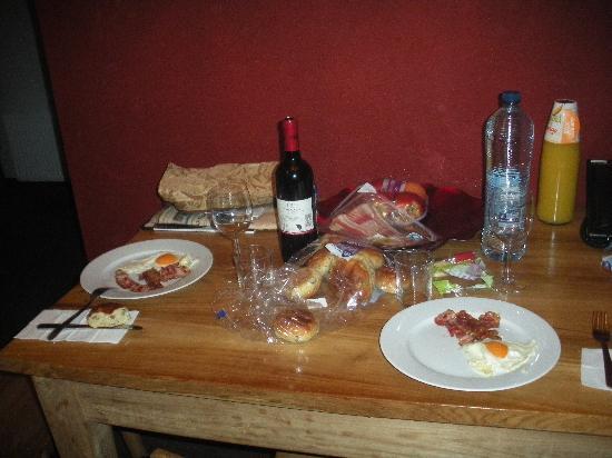 Nova Apartments Amsterdam: first dinner