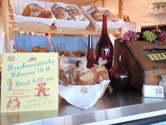 Bavarian Pretzel Factory: Selection of the bread