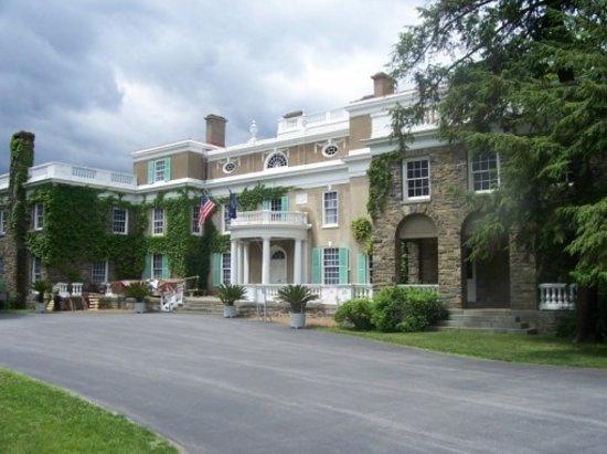 Franklin Delano Roosevelt Home: FDR's home, Springwood.