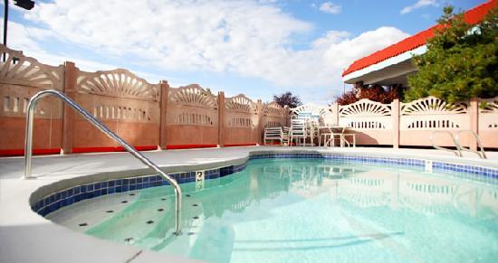 Baymont by Wyndham Bellingham: Pool