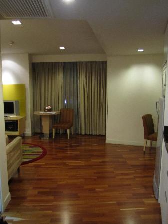 Urbana Langsuan: View from front door