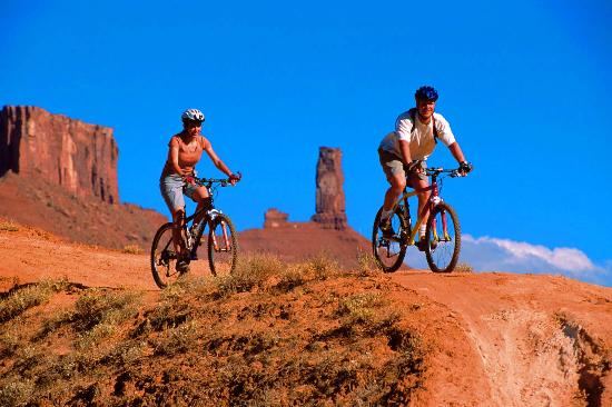 moutain biking in moab picture of big horn lodge moab. Black Bedroom Furniture Sets. Home Design Ideas