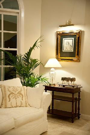 The Villa At Hannam Vale: A quiet corner of the Sitting Room