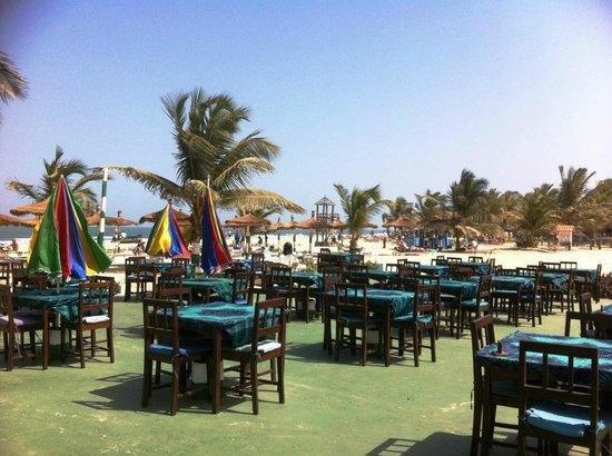 Kunta Kinteh Beach Bar and Restaurant: Kunta Kintehs on beautiful Kotu Beach