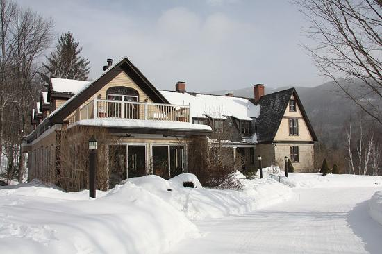 The Notchland Inn: Notchland in the Snow