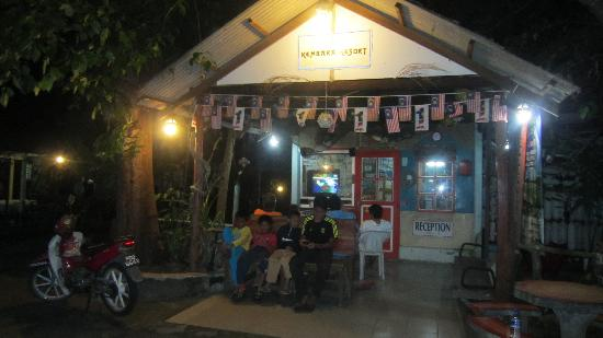 Kembara Resort: reception desk