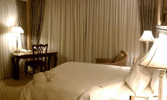 Royal Park Hotel: My Room