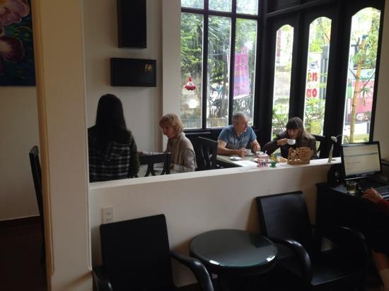 Jade Hotel: Espace petit déjeuner