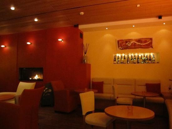 "Hotel Simi Zermatt: Bar im Hotel ""Simi"" Zermatt"