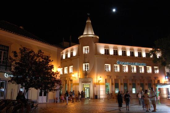 Rua Dom Francisco Gomes