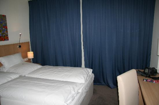 Hotel Berlin Mitte by Campanile: Room